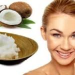 Dưỡng ẩm da mặt bằng dầu dừa