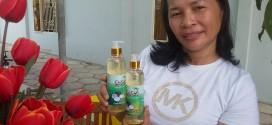 Cảm nhận về công dụng thoa dầu dừa dưỡng da dưỡng tóc của cô Hồng